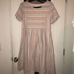 Midi grey and pink stripped dress with white
